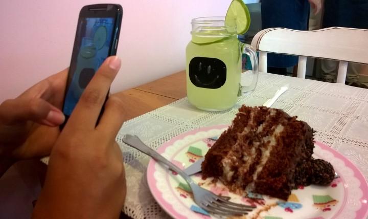 É tudo tão lindo que sempre rola aquela foto pro Instagram antes de comer.