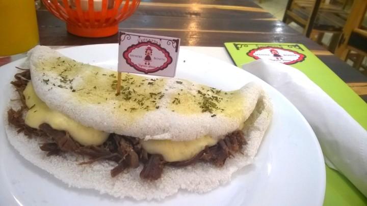 Tapioca Leide: carne de sol refogada na manteiga do sertão com creme de macaxeira; R$ 14
