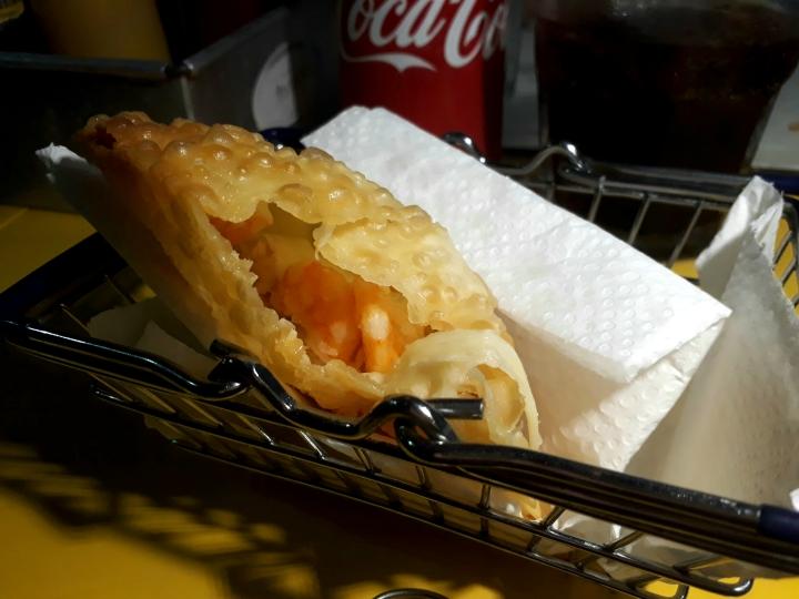 Pastel Petrópolis tem tradição e sabor no Largo doAtheneu