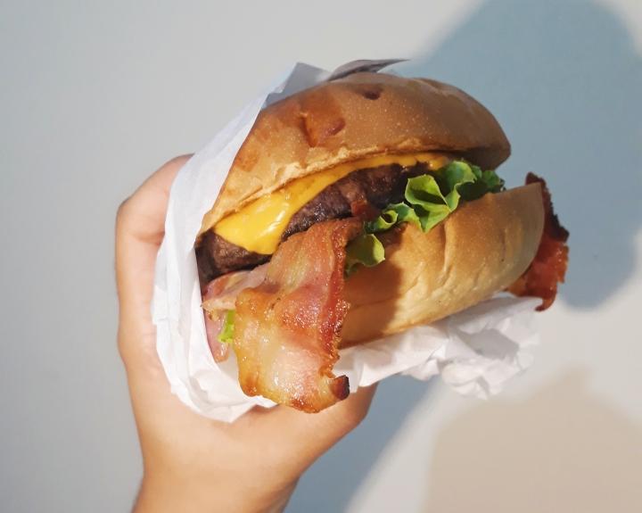 The Bull Burger House: hamburgueria delivery chama atenção emNatal