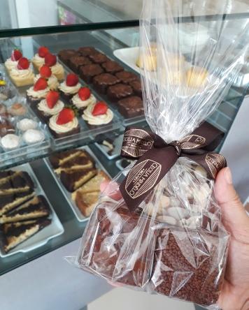 Brownies para viagem: brigadeiro, Nutella e amêndoas.