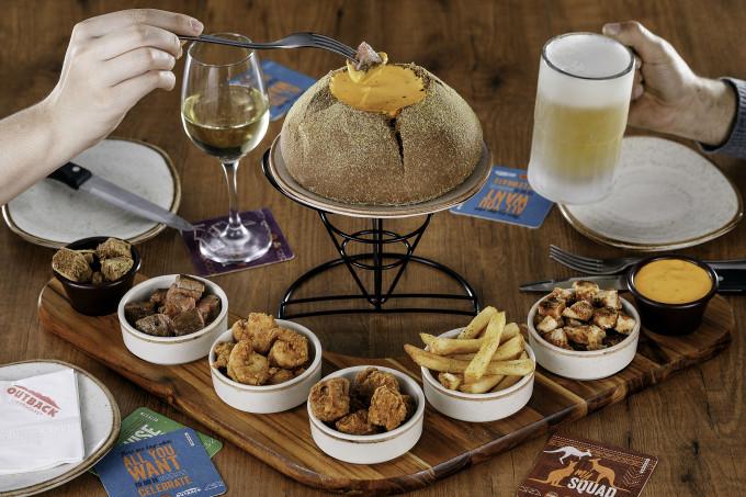 Outback Steak House lança fondues exclusivos em menu especial deinverno