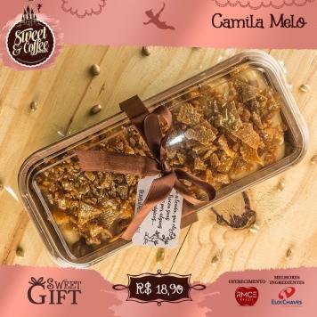 Sweet Gift: Bolo de bem casado com calda de ninho e deliciosos crocantes de ouro