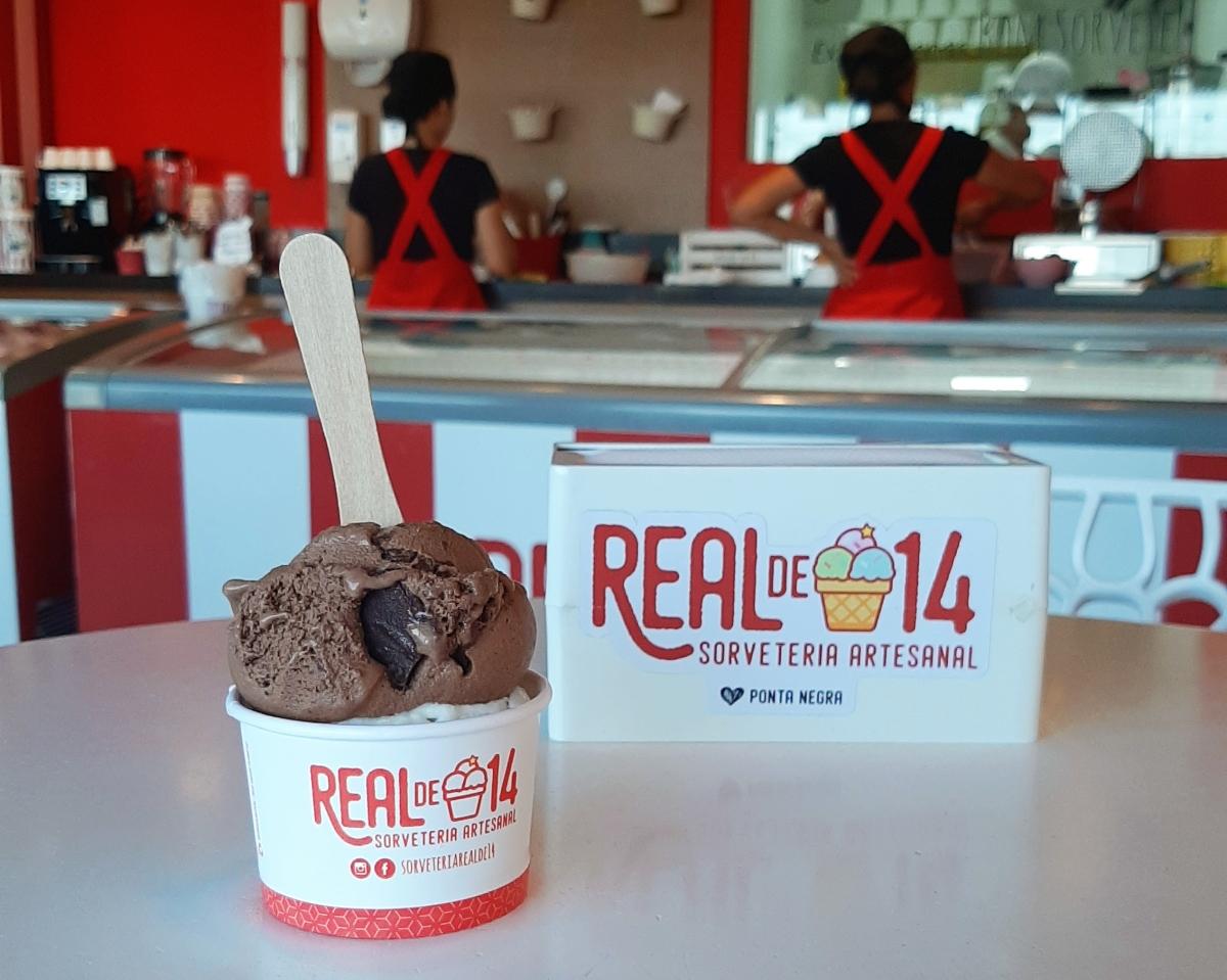 Real de 14 oferece sorvetes diversos com muitosabor